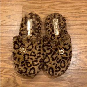 Michael Kor slippers